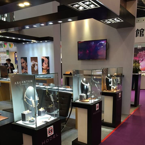 showcase-led-lights